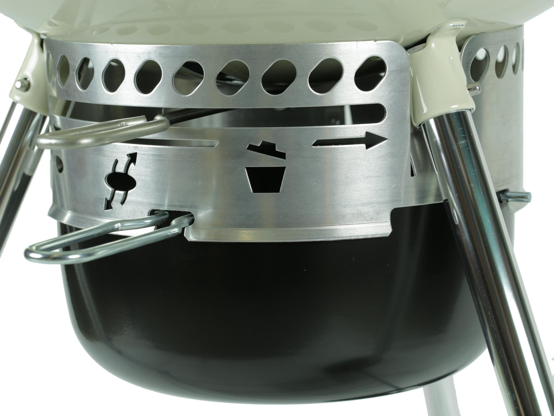Weber Master-Touch GBS, 57 cm, Ivory